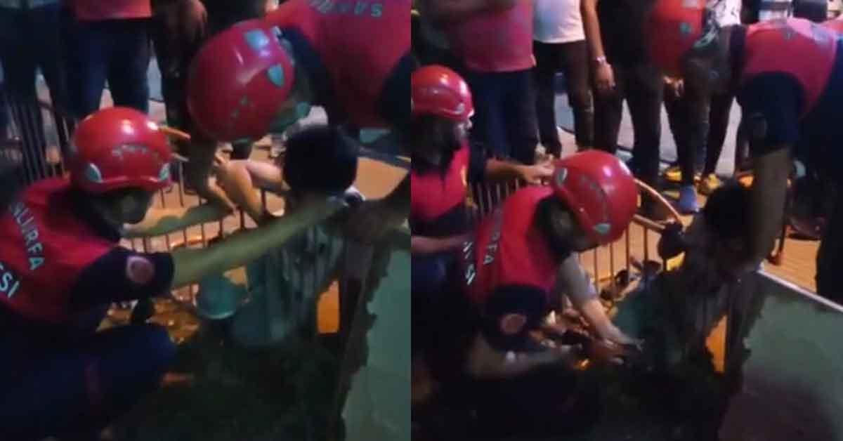 Urfa'da demir korkuluğa sıkışan çocuğu itfaiye kurtardı!