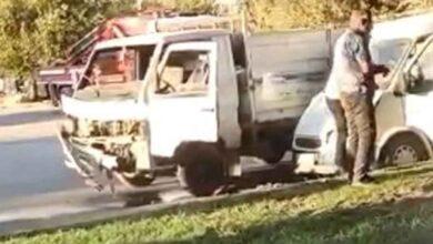 Photo of Urfa'da Minibüs ile pikap çarpıştı: 2 yaralı